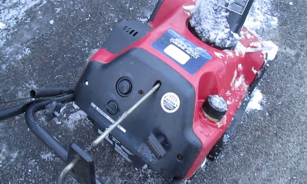 How to Start a Toro Snow Blower